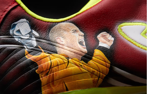 Joma Total Fit Pepe Reina Limited Edition Football Boots