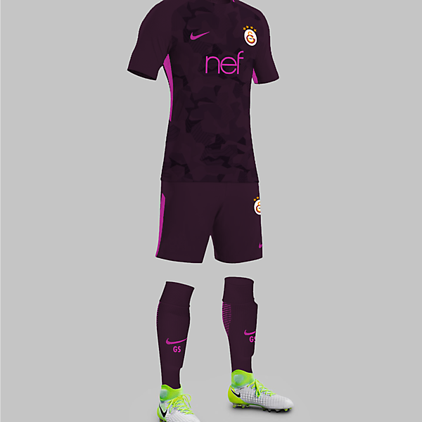 Galatasaray 17/18 Third Kit