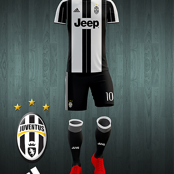 Juventus 2016-17 home kit