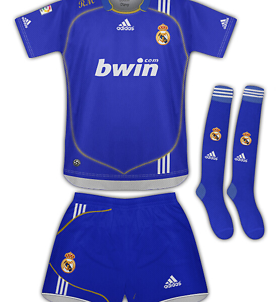 Real Madrid Adidas 13.2
