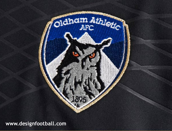 oldham-athletic-new-crest-b.jpg