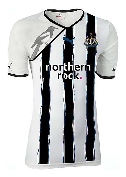 Newcastle painted stripes home shirt
