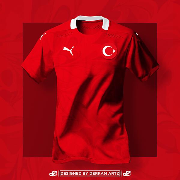 Turkey x Puma - Away Kit