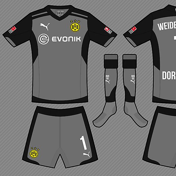 Borussia Dortmund GK Kit