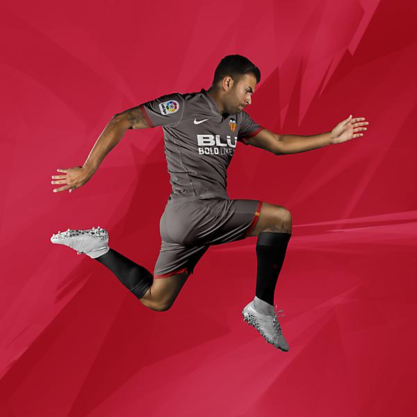Valencia CF - Away Kit