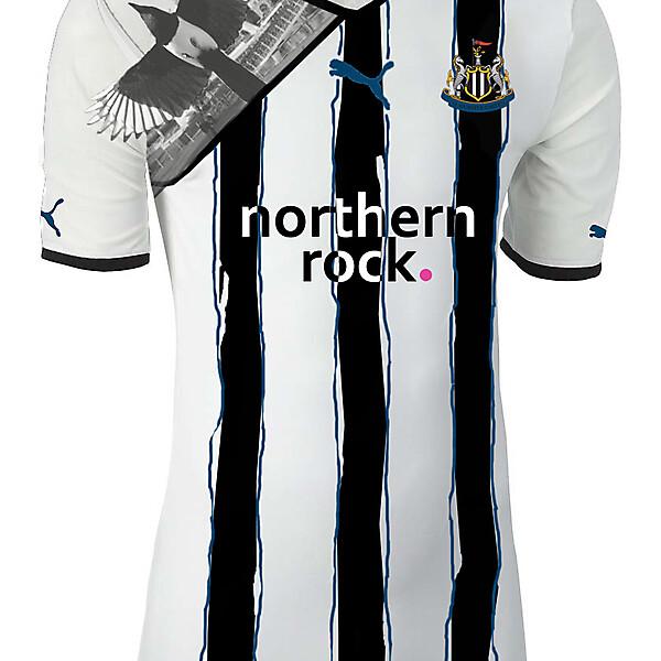 Newcastle painted stripes home shirt V2