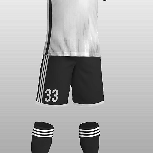 Beşiktaş 16-17 Home ?