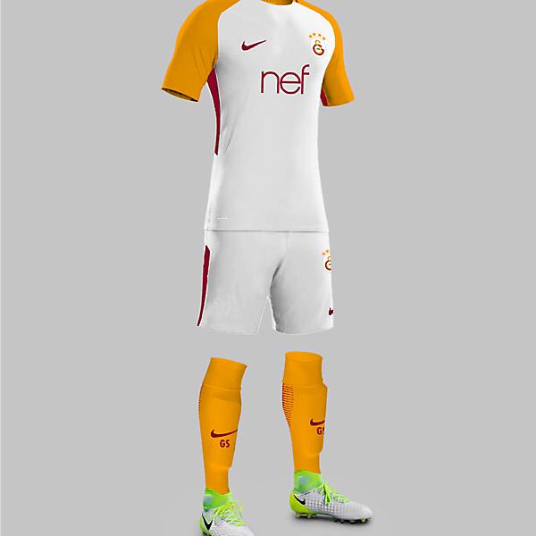 Galatasaray 17/18 Away Kit