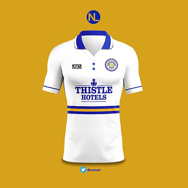 Leeds United - Home Kit 1993/94